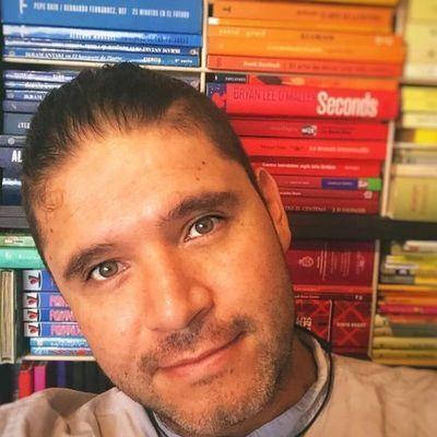 Carlos Vélez Aguilera